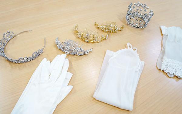 ティアラや純白の手袋
