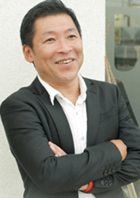 総合授業(シャンプー&ブロー)担当の三木先生